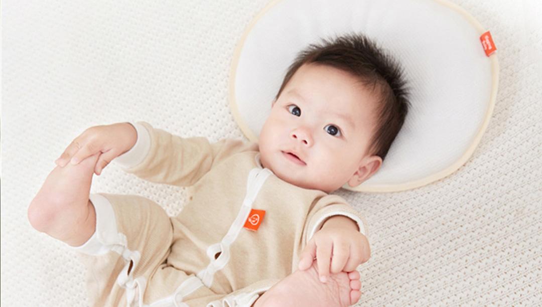 宝宝睡觉偏头歪头扁头,想睡出好头型该怎么